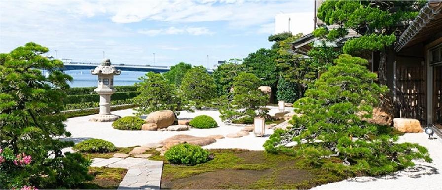 海外での評価も高い枯山水式の日本庭園